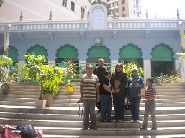 masjid di Bandar HCM-p