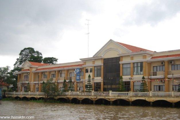 Terminal Bot Sungai Mekong.
