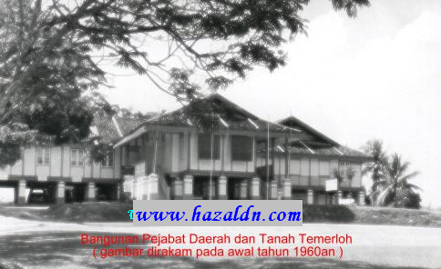 Bangunan Pejabat Daerah dan Tanah Temerloh 1