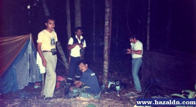 bermalam di gunung tahan dengan Mr Dick american army 1993