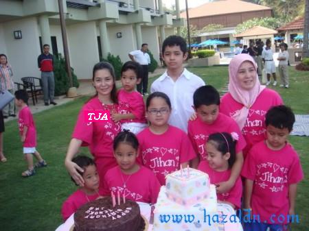 Tengku Puan Muda Pahang tengku Aminah Maimunah danTengku Julita Aishah