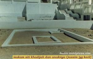 makam siti khadijah