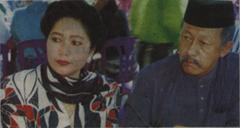Datin Rafeah Buang dan suami Dato Tengku Asmawi