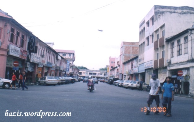 temerloh 2000 an.jpg1._Jln Tengku Bakar