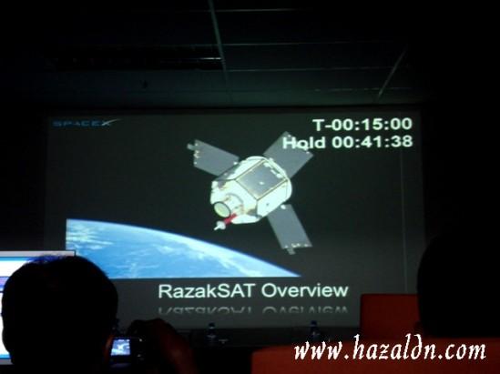 razak SAT  di orbit
