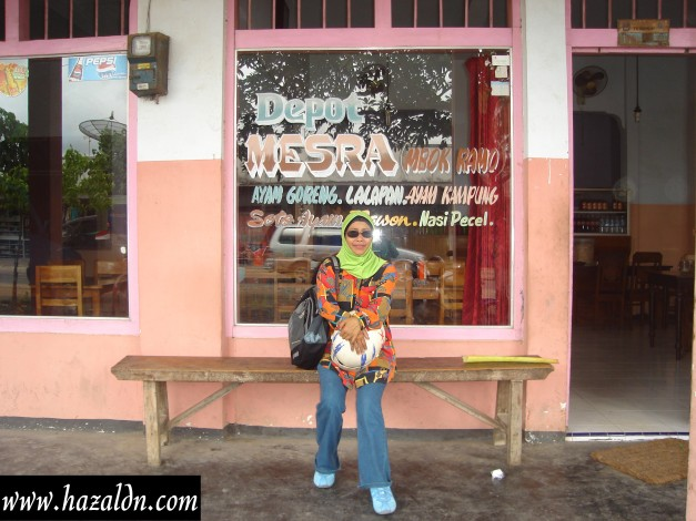 kedai makan atau restoran
