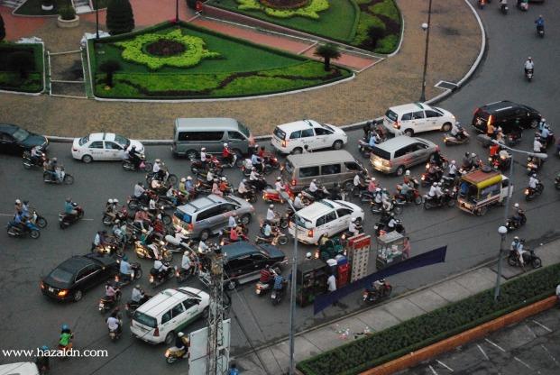 Pusat bandar Ho Chi Minh-c