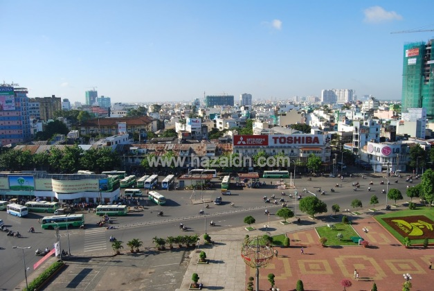 traffik di pusat bandar ho chi minh city