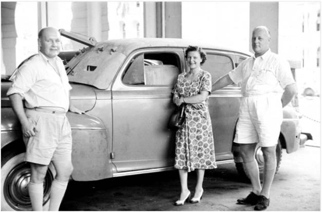 7. 1950 – Warga British di Kuala Lumpur Rubber Plantation (kini bangunan Lembaga Getah Asli)